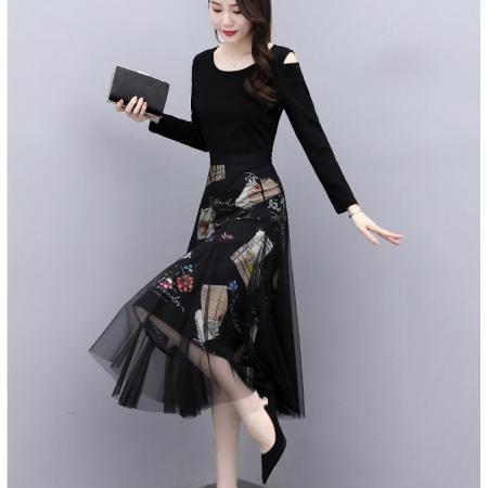 YF28987# 连衣裙女长袖春装新款收腰显瘦气质修身黑色秋冬打底长裙子 服装批发女装直播货源