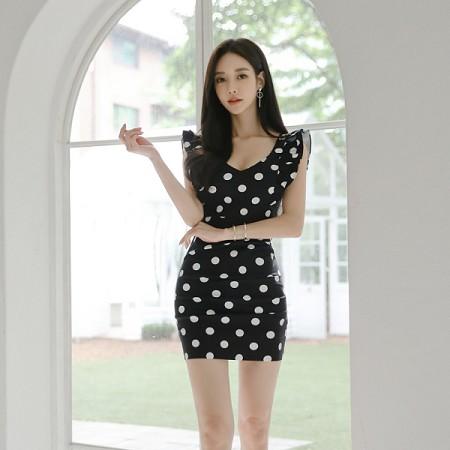 YF36467# 韩版夏装新款性感深V领黑白波点修身连衣裙女包臀短裙 服装批发女装直播货源