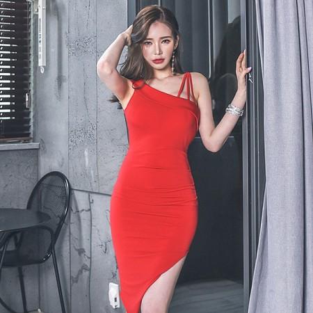 YF39610# 新款时尚气质不规则修身显瘦性感连衣裙露背礼服裙 服装批发女装直播货源