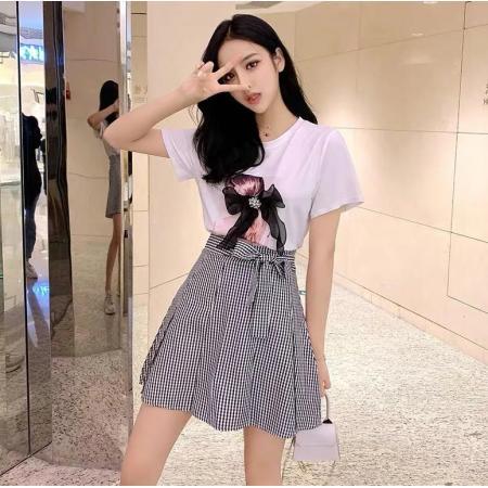 YF45153# 夏款新款减龄印花上衣网红法式赫本格子短裙时尚两件套女 服装批发女装直播货源