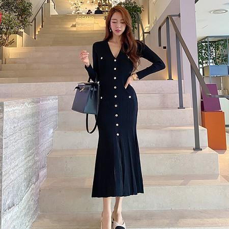 YF66803# 毛衣裙秋装新款韩版气质V领修身长裙时尚包臀打底连衣裙